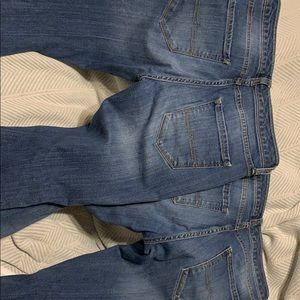 2 pair of Arizona jeans